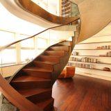 Hướng cầu thang theo tuổi có quan trọng khi thiết kế không?